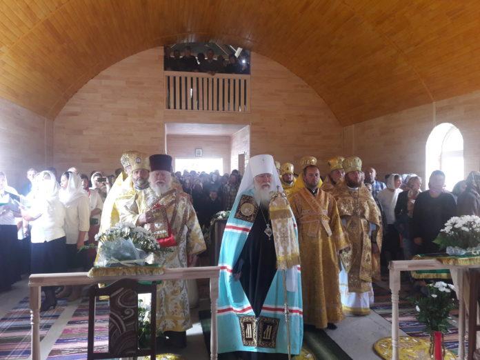 Архієрейське богослужіння у новоствореному монастирі